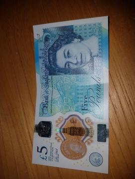 5 libras esterlina