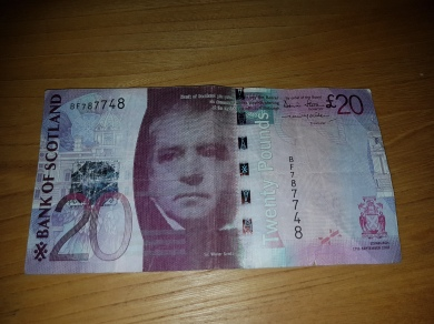 1 das notas de 20 libras escocesas existente